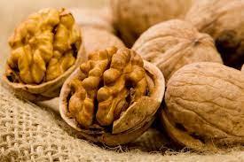 Грецкий орех: почему его стоит добавить в свой рацион — фото 1