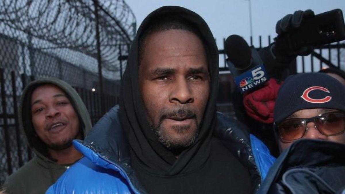 Певца R&B Р. Келли признали виновным — фото 2