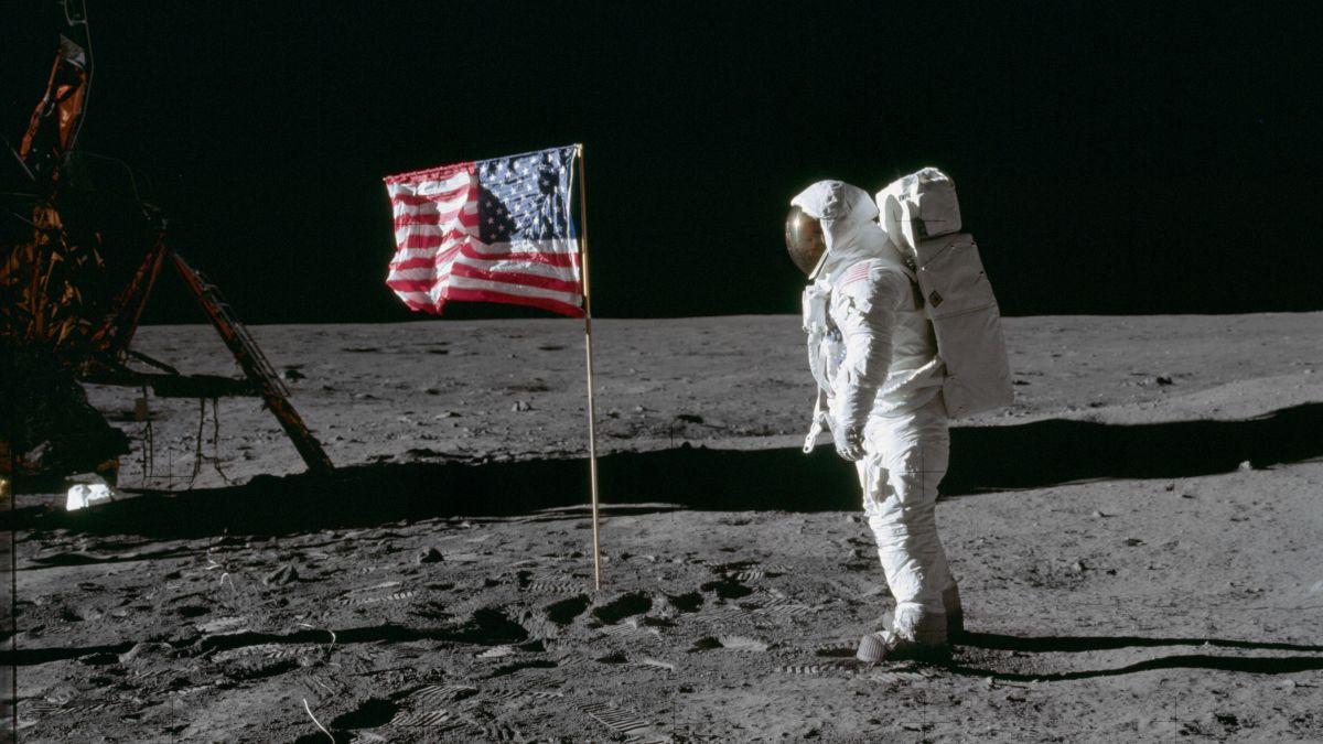12 апреля празднуем День космонавтики или Международный день полета человека в космос — фото 3