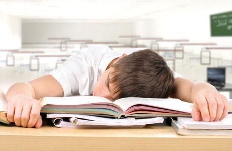 Ученые рассказали, к чему может привести недосыпание у подростков — фото 1