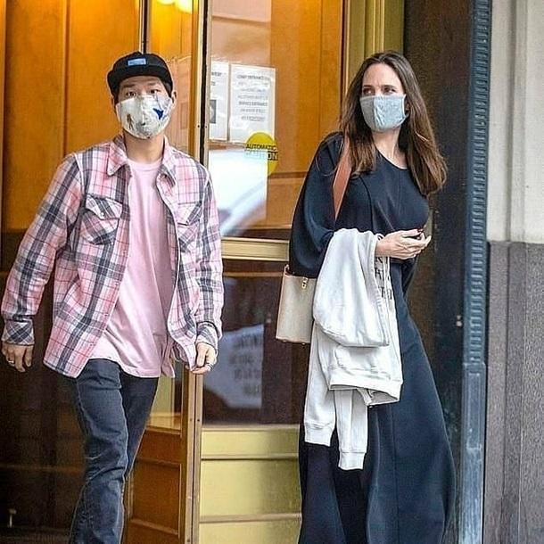 Анджелину Джоли заподозрили в романе с бывшим мужем — фото 2