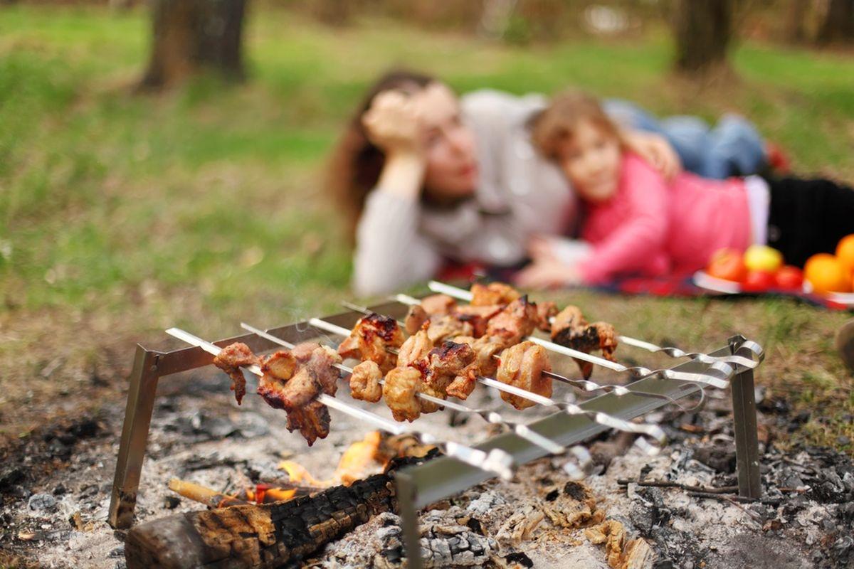 Майские выходные: как бороться с перееданиями на праздники — фото 2