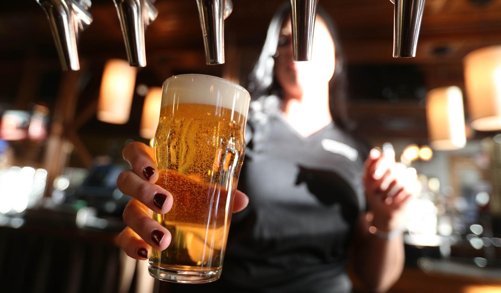 Международный день пива: интересные факты о хмельном напитке — фото 1