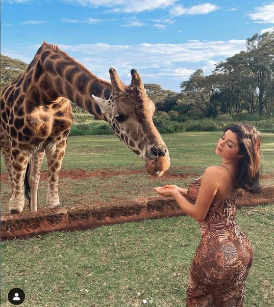 Деми Роуз показала фото из путешествия в Кению — фото 2