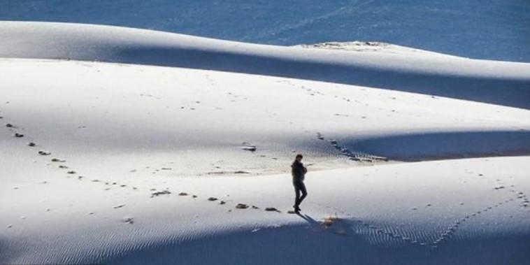 ФОТОФАКТ: пустыню Сахара засыпало снегом — фото 2
