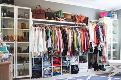 Лучше меньше: как изменилась мода и подход к созданию гардероба на карантине — фото 1