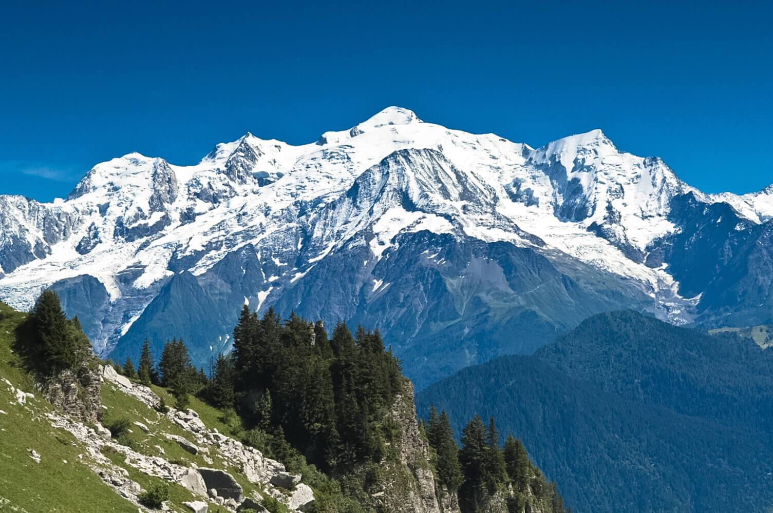 В мире отмечают Международный день альпинизма: история и традиции праздника — фото 1