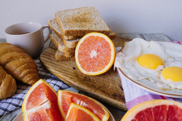 Диетологи назвали самые вредные продукты для завтрака — фото 2